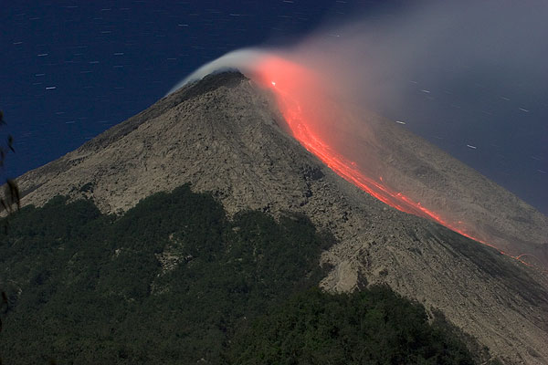 gunung merapi merupakan salah satu gunung berapi paling aktif di