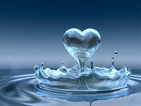 Heart-from-splash-water-wallpa